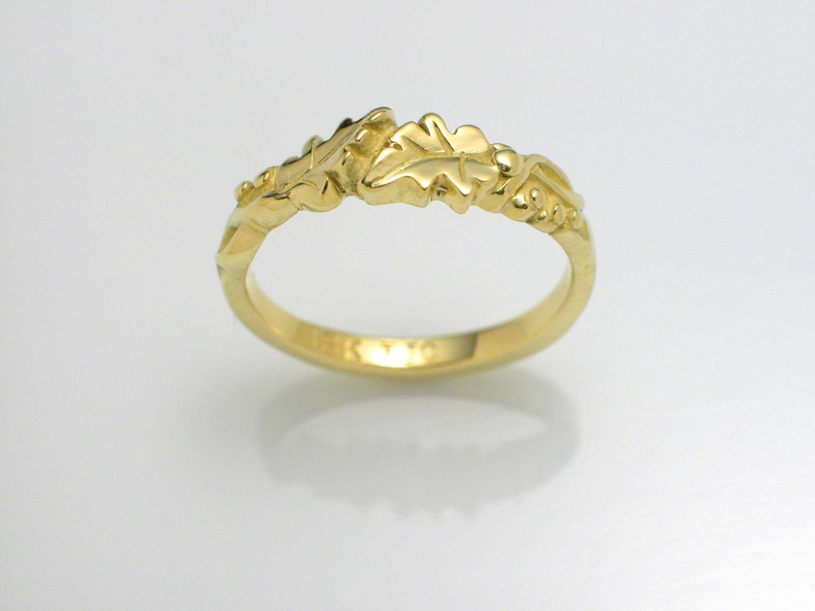 Oak Leaf Byp Ring 18k Gold